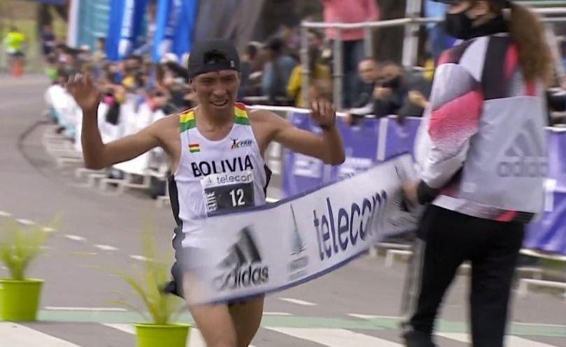 Florencia Borelli y Héctor Garibay, los dueños del maratón de BA 4